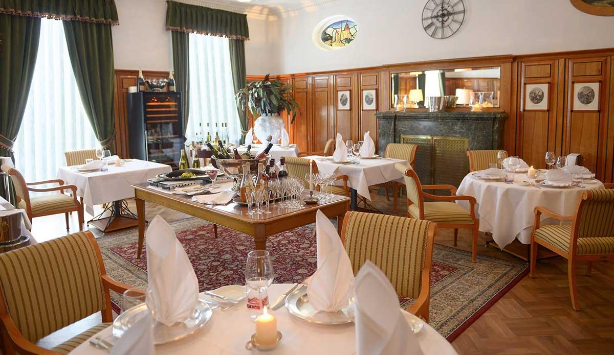 wellnesshotel palmenwald schwarzwaldhof freudenstadt wellnessurlaub im schwarzwald baden. Black Bedroom Furniture Sets. Home Design Ideas